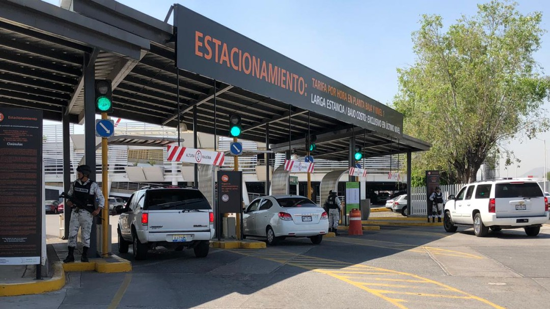 Con notario público llegan ejidatarios al Aeropuerto